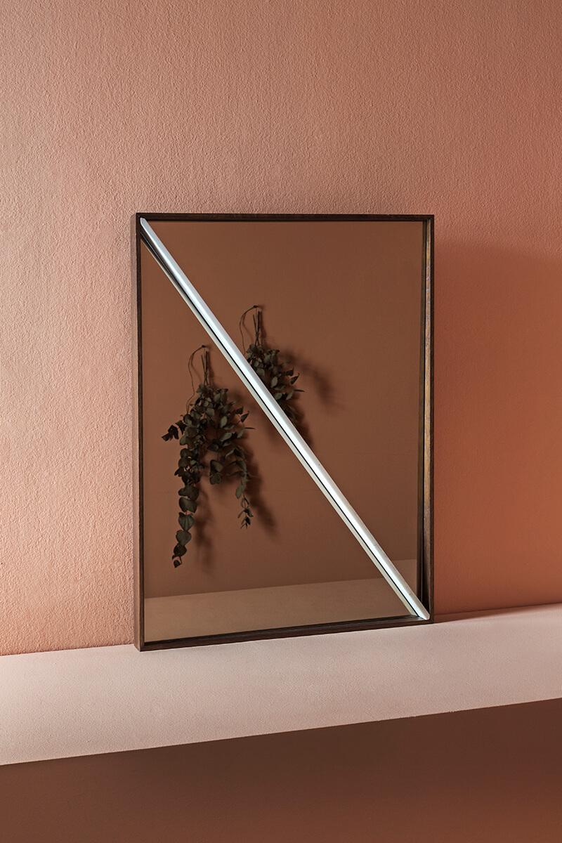 morethanthis-furniture-mirrors-elena-xantopoulou-mirror-image-01