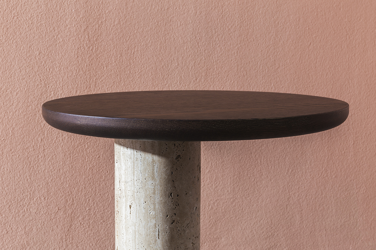 simple-archaic-table-gggg